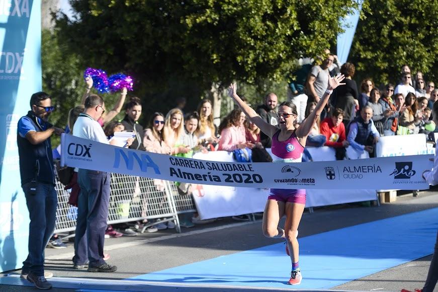 La ganadora de los 9 kms.