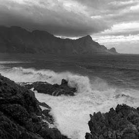crash boom bang by Juan Wernecke - Black & White Landscapes ( canon, juan wernecke, cape, south africa, 50mm, ocean, landscape, rumble, high tide, coast, 10-20mm, tranquil, mountains, danger, height, happy, tide, low tide, wet, nikon, africa, rocks, juan, crash, western cape, scary, indian ocean, water, pressure, atlantic ocean, waves, cloudscape, happiness, scenic, seascape, rough, dusk, cape town, dawn, sunset, wave, south, high, sunrise, wernecke, tripod, hike, daylight, west )