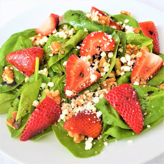 Strawberry Spinach Salad with Balsamic Vinaigrette Recipe