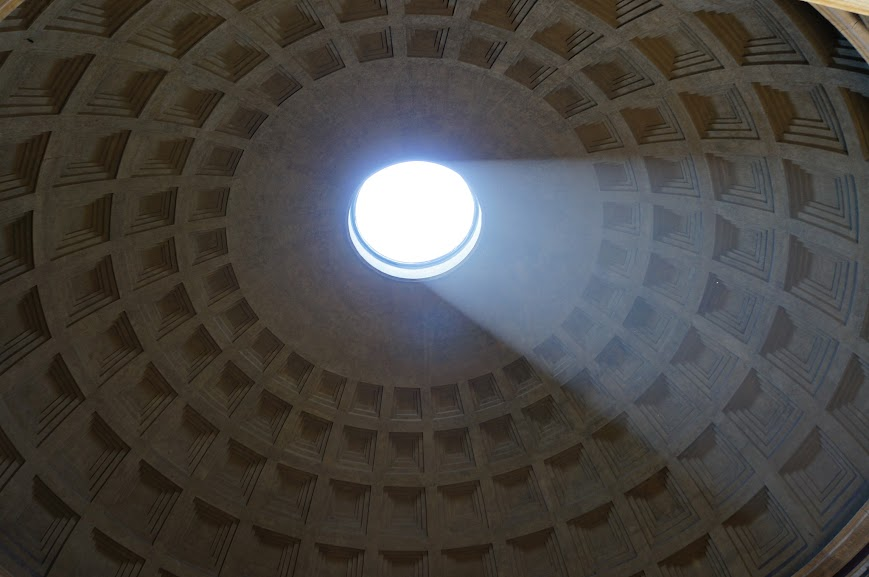 Circular oculus of the Pantheon