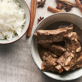 Bak Kut Teh (Pork-Rib Soup).