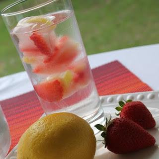 Refreshing Strawberry Lemon Water
