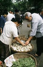 Photo: 10972 上海/自由市場/タマゴ/豆/ジャガイモ