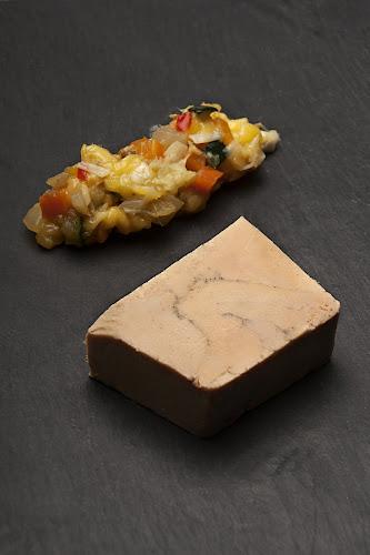 assiette de foie gras du restaurant à Pontoise L'arbre Blanc