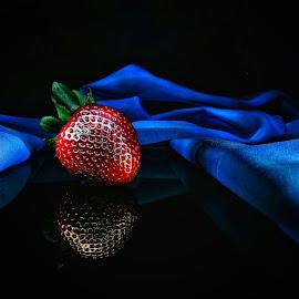 Strawberry by Mariusz Murawski - Food & Drink Fruits & Vegetables ( #strawberry, #nature, #food, #fruits,  )