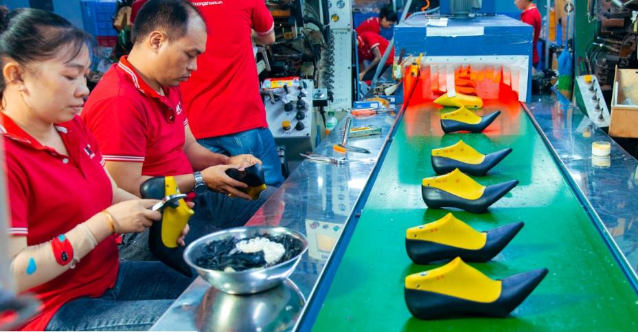 Thiên Hương Shoes - sản xuất giày da uy tín