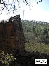 Photo: Ruinas y molino.