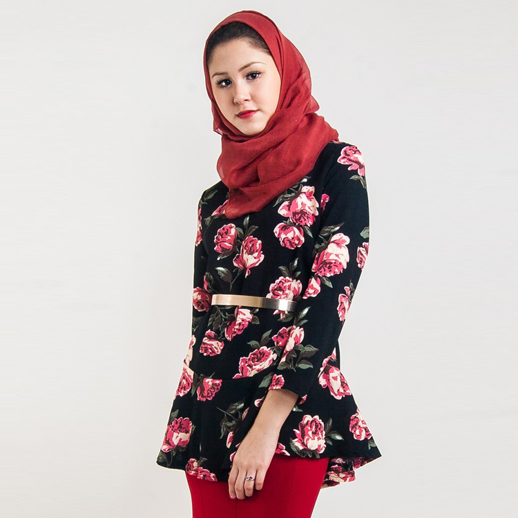 Roses Are Red Blouse by Hijab Le Modesty