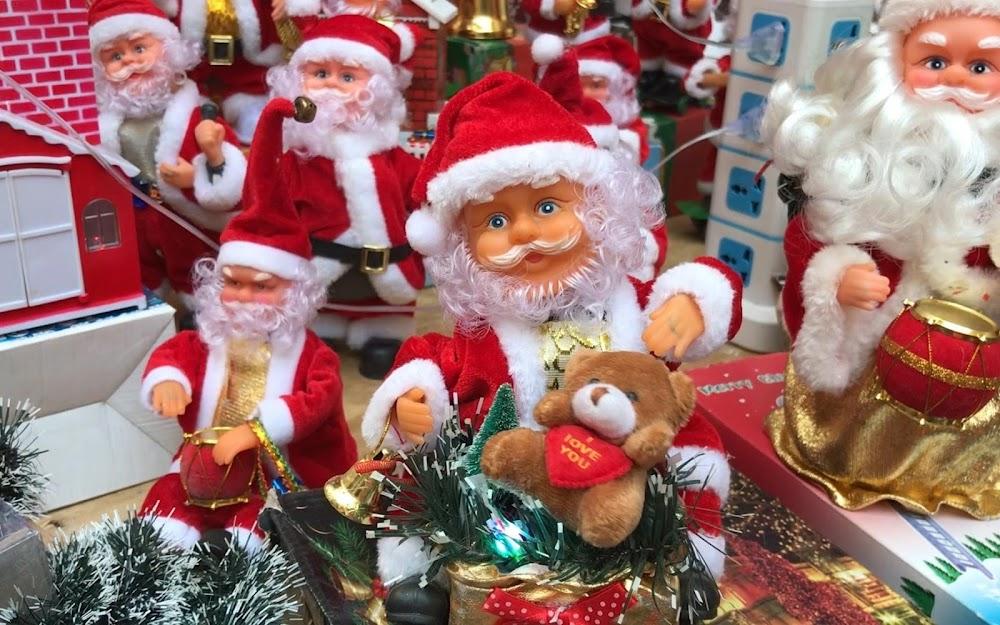christmas-decor-shopping-in-mumbai_crawford_market_1