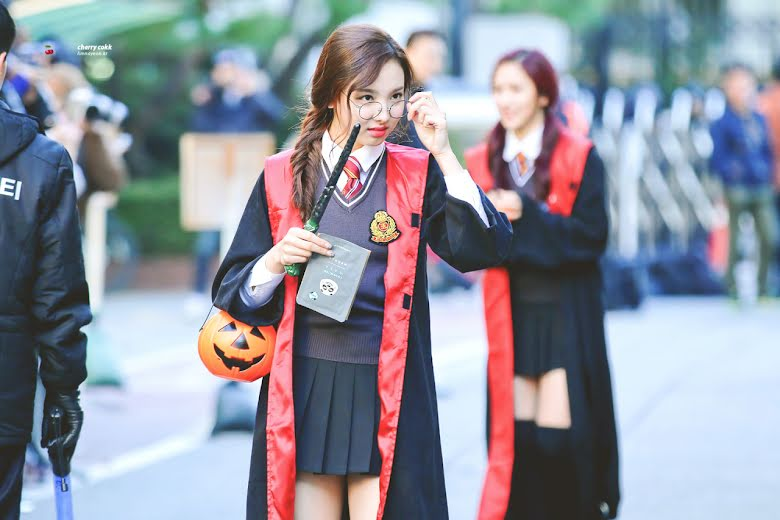 5 Times K Pop Idols Looked Like They Attended Hogwarts