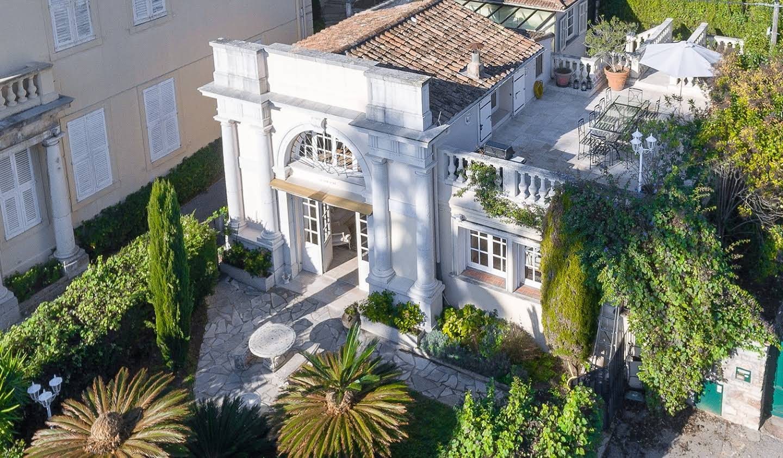 Villa en bord de mer avec terrasse Cannes