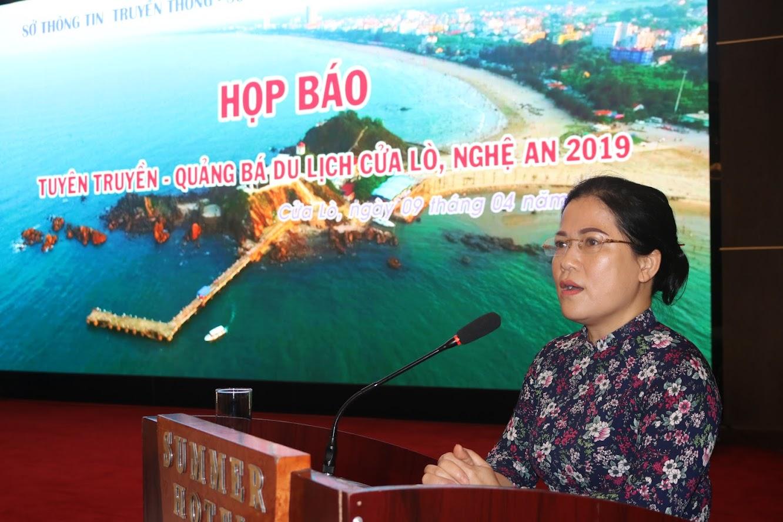 Bà Nguyễn Thị Kim Chi – Bí thư Thị ủy Cửa Lò cảm ơn sự đồng hành của báo chí trong sự phát triển của du lịch Cửa Lò