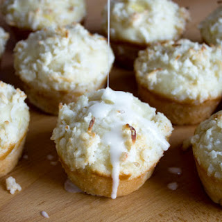 Pina Colada Muffins With Coconut Streusel.