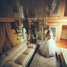 Wedding photographer Evgeniy Zhdanov (JOHN-TURTLE). Photo of 19.10.2016