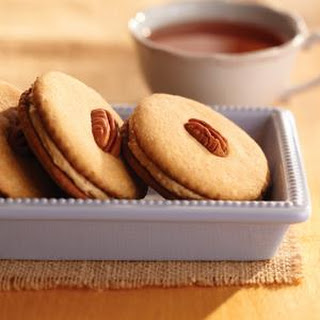 Maple Pecan Sandwich Cookies