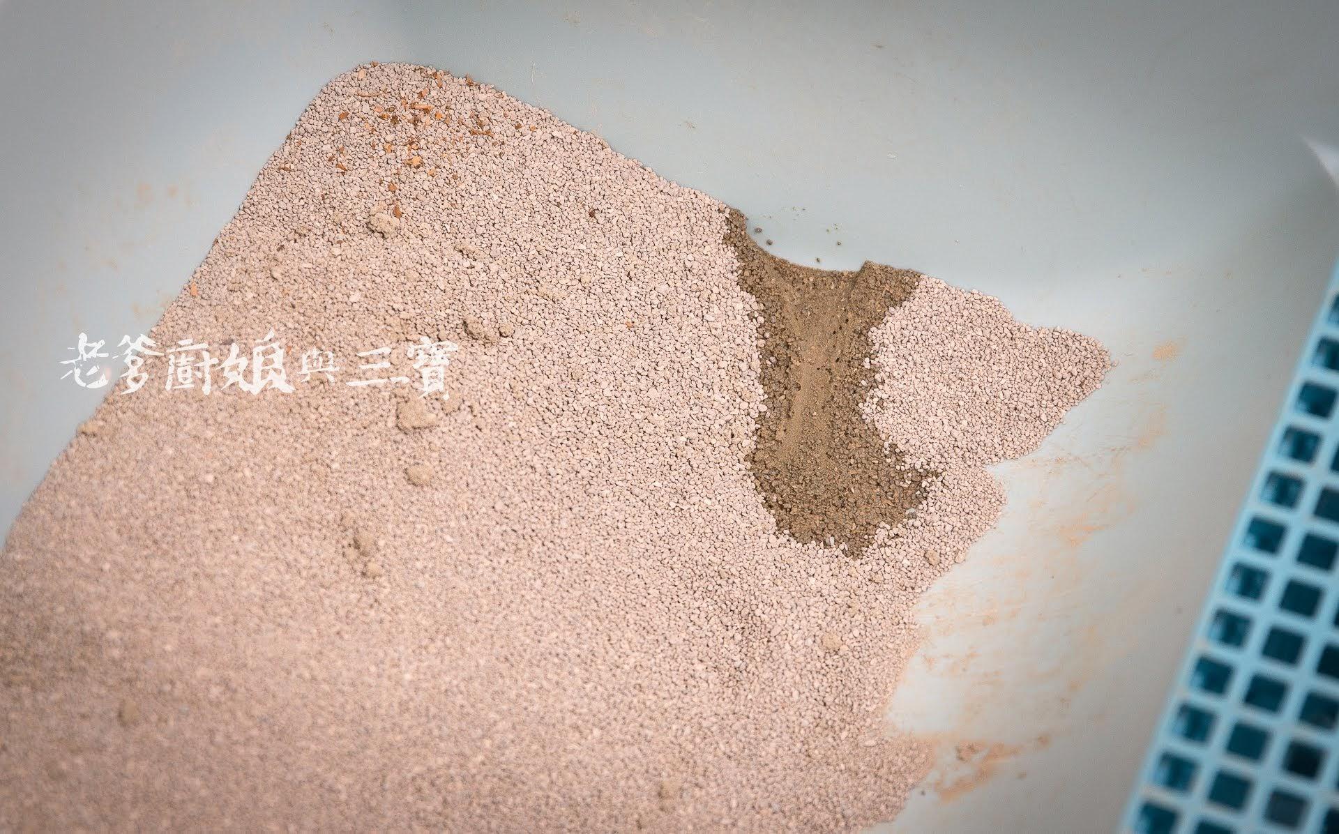 寵愛毛小孩,快用達伶寵物精品帶來的法國的頂級好貨,把礦砂替代吧!...法國昕陽GREELYS火山泥貓砂
