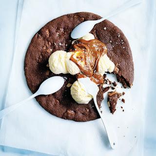 Chocolate Chunk Share Cookie
