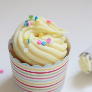 Golden Vanilla Cupcake Recipes