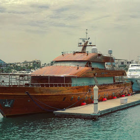 DHOW by Naveen Aggarwal  - Uncategorized All Uncategorized