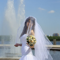 Wedding photographer Irina Tumenok (ArtSpace). Photo of 24.05.2013