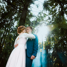 Wedding photographer Anastasiya Lebedikova (lebedik). Photo of 02.10.2017