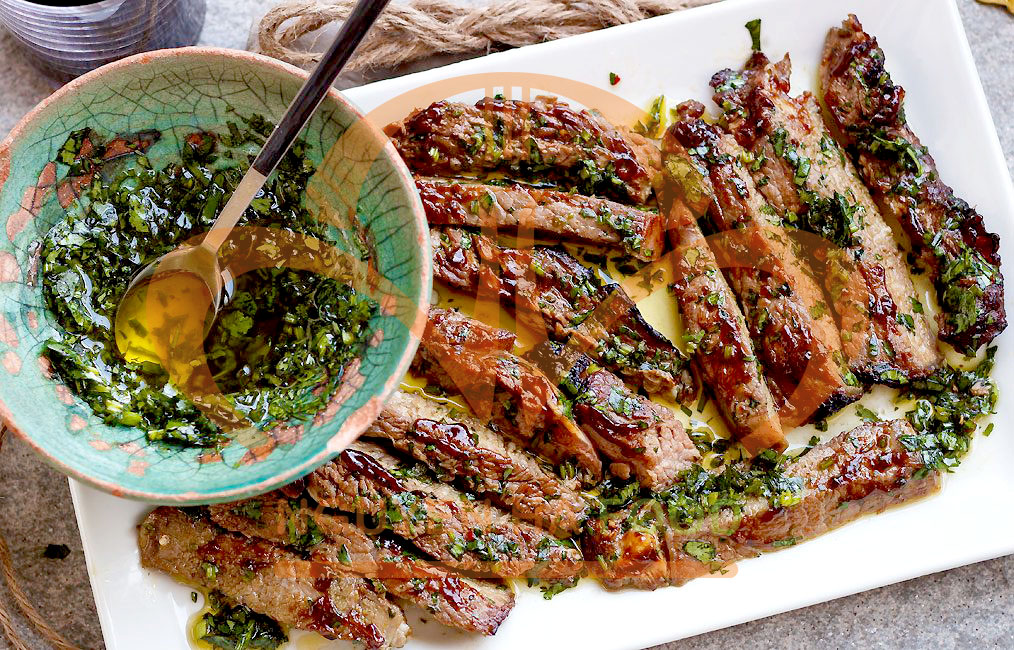 BEEFSTEAK-THAN-NGOAI-BO-MY-SOT-PARSLEY