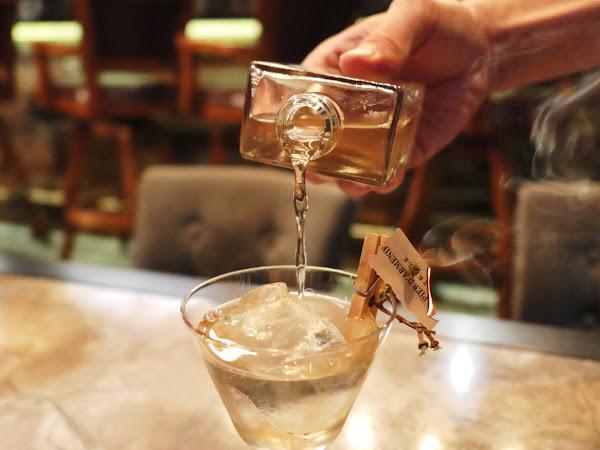 Closet 衣櫥餐酒|世界五十新穎酒吧 將傳奇時尚教主裝入杯中|頂好名店城、東區、忠孝復興