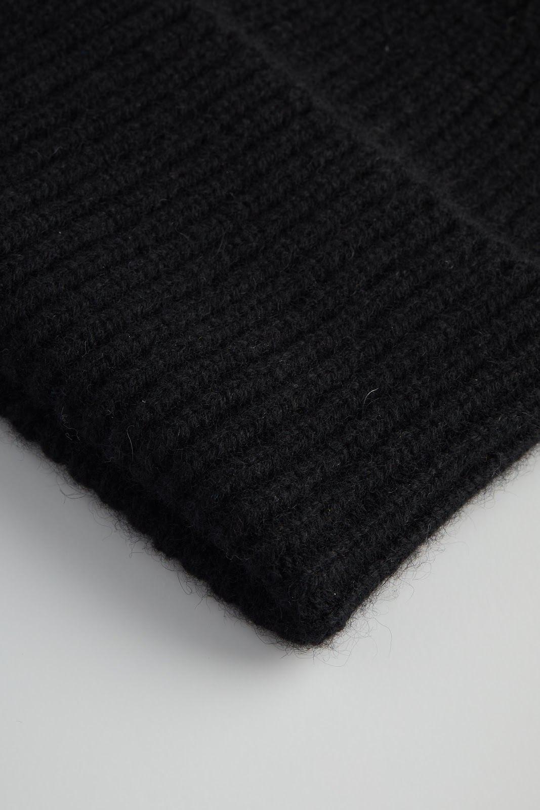 Fold Rib Cap
