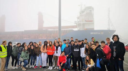 El instituto Sabinar conoce el Puerto de Almería