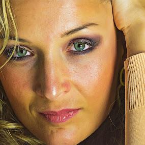MariA by Tasos Triantafyllou - People Portraits of Women ( studio, woman, blondy, protrait, eyes, strobe )