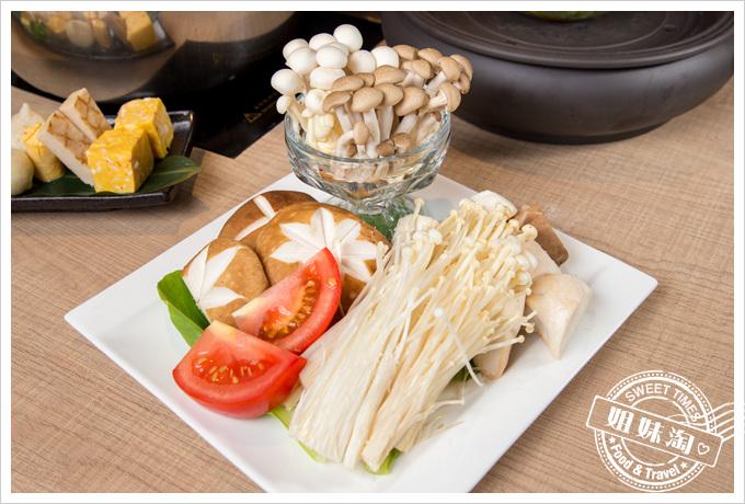 星洲火鍋綜合菇菇盤