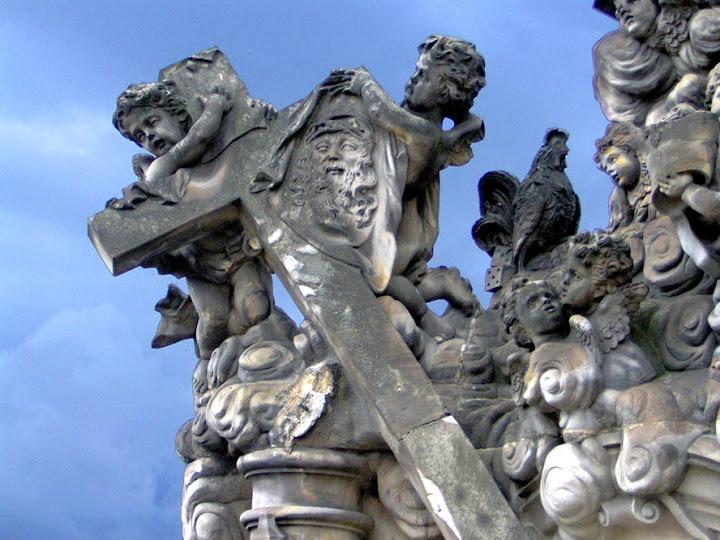 Kaarlensilta, patsas