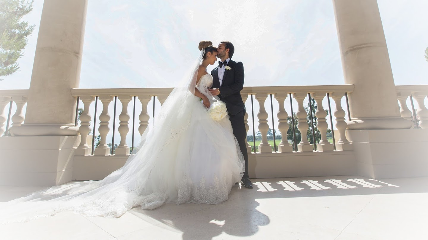 Watch Say Yes to the Dress: The Big Day live
