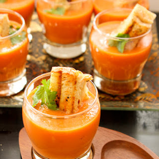 Easy Tomato Soup with Grilled Cheese Croutons Recipe