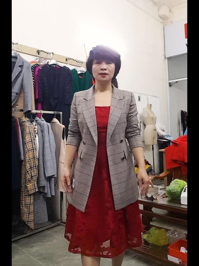 Mix đồ Váy xoè Midi với Áo khoác vest nữ thời trang thuỷ đà nẵng