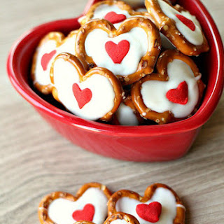 White Chocolate Pretzel Hearts Recipe