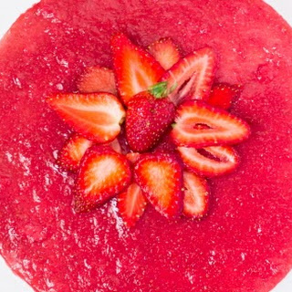 No-Bake Strawberry Cheesecake (Egg and Gelatin Free).
