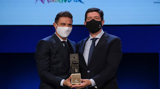 Noche de gala en el Maestro Padilla con los Premios Andalucía del Turismo