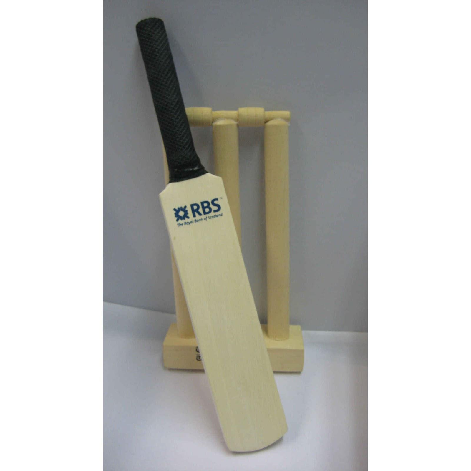 Mini Wooden Cricket Stumps