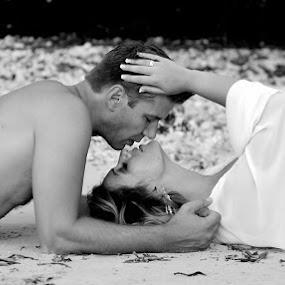 by Andrew Morgan - Wedding Bride & Groom