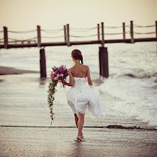 Wedding photographer Elya Kryshkina (malkovaelvira). Photo of 13.02.2013