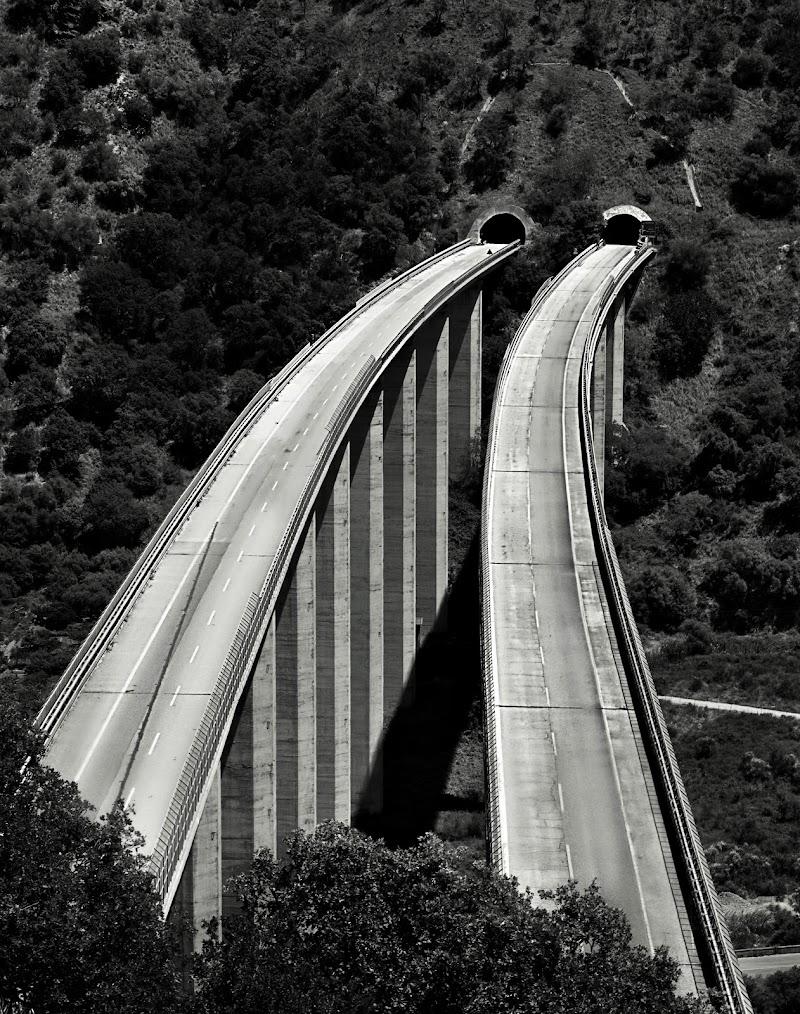 Autostrade deserte..... di AntoMarPh