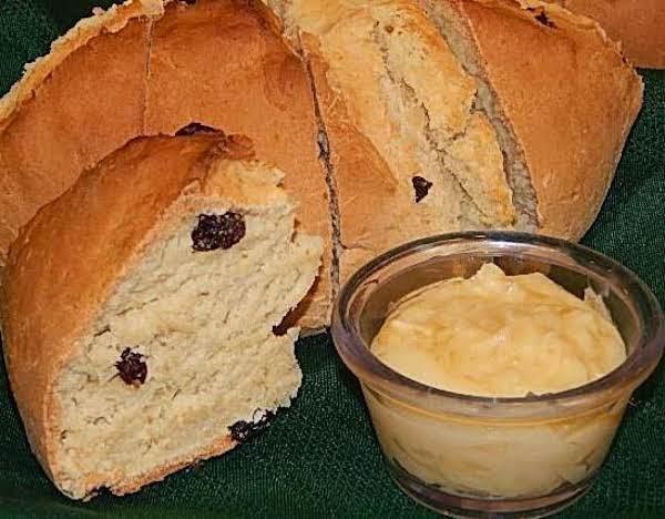 Irish Soda Bread With Honey Butter