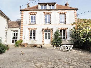 maison à Vinneuf (89)