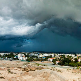 Storm arose by Ivelina Angelova - Landscapes Weather ( stormy, europe, angry, beauty, storm, sky, nature, mediterranean, dramatic, dark, weather, spume, wet, meteorology, darkness, rain, wind, beautiful, horizon, blue, sce, background, outdoors, moody, scene, ripple, cloud, sceanery, impressive, cloudy danger )