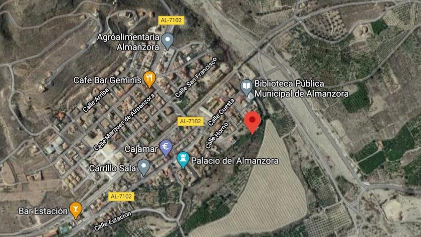 Lugar del epicentro señalado con el icono rojo en Almanzora.