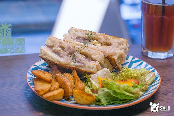 台中 壹柒手作早午餐的日常|在一中商圈巷弄中,IG上超夯早午餐,香酥美味的芋泥吐司
