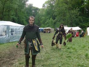 Photo: Die Soldaten des Freien Banners Dorlóniens, Mealán Dagryphar und Tarorcragh, waren im Wald Heilpflanzen suchen - erfolgreich.