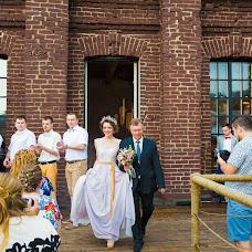 Wedding photographer Larisa Demidova (LGaripova). Photo of 10.06.2014