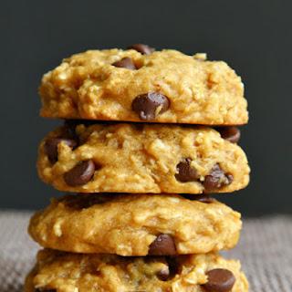 Vegan Chocolate Chip Pumpkin Oatmeal Cookies